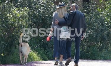 «Μετακίνηση 6» για ερωτευμένο ζευγάρι στη σκιά της Ακρόπολης και εν μέσω κορονοϊού! (photos)