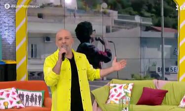 Καλό Μεσημέρακι: Έτσι σχολίασε ο Μουτσινάς την κίνηση της Πρωτοψάλτη να τραγουδήσει πάνω σε νταλίκα