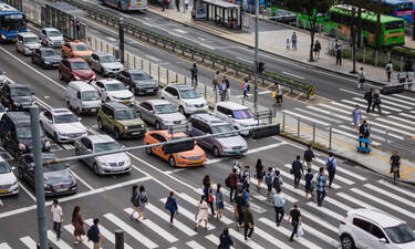 «Δουλέψτε έξυπνα,ταξιδέψτε μόνοι,φάτε γρήγορα»:αυτό συστήνουν για την μετακορονοϊό εποχή στην Κορέα