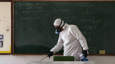 Κορωνοϊός - Σχολεία: Πώς θα γίνει η επιστροφή των μαθητών στα θρανία