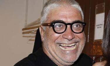Δημήτρης Πιατάς: Έβγαλε τη μάσκα του για να μας χαμογελάσει! Δείτε τις φωτό! (Photos)