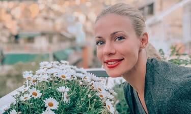 Ζέτα Μακρυπούλια: Η Πρωτομαγιάτικη φωτογραφία της τα… «σπάει» - Δες τι ανέβασε στο Instagram της