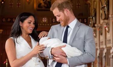 Πρίγκιπας Harry-Meghan Markle: Ο γιος τους έγινε ενός έτους και το γιορτάζουν σε μια πολυτελή βίλα