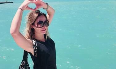 Μελίνα Ασλανίδου: Ποζάρει με «καυτό» σορτσάκι και θα σαστίσεις με τη σιλουέτα της! Έχει μείνει μισή