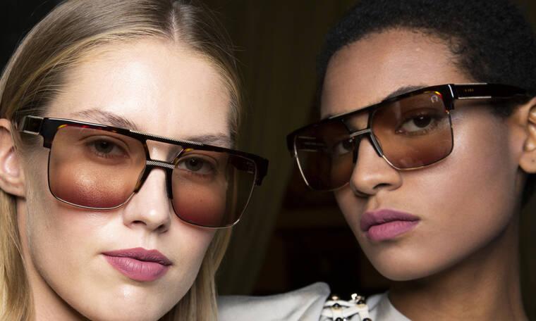 Δέκα τάσεις στα γυαλιά ηλίου που τώρα που βγήκαμε από το σπίτι μπορούμε να υιοθετήσουμε