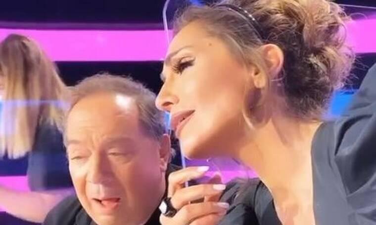 J2US: Δείτε τι κάνει η Δέσποινα Βανδή με τον Σταμάτη Φασουλή στα διαλείμματα! (Video)