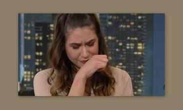 Έλενα Κρεμλίδου: Ξέσπασε σε κλάματα και σταμάτησε τη συνέντευξη ο Αρναούτογλου - Τι συνέβη;