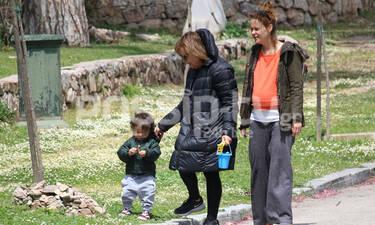 Η απίστευτη ομοιότητα της Λένας Παπαληγούρα με τη μητέρα της (photos)