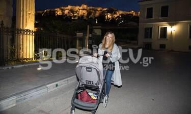 Ιωάννα Παππά: Για πρώτη φορά μόνη βόλτα με τον γιό της (photos)