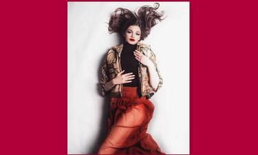 Τζένη Καζάκου: Δε φαντάζεστε ποιος είναι ο σύντροφός της και… είναι γνωστός τραγουδιστής!