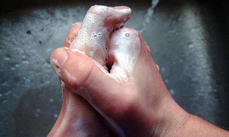 Κορονοϊός: Πόσο συχνά πρέπει να πλένετε τα χέρια σας για να μειώσετε τις πιθανότητες μόλυνσης