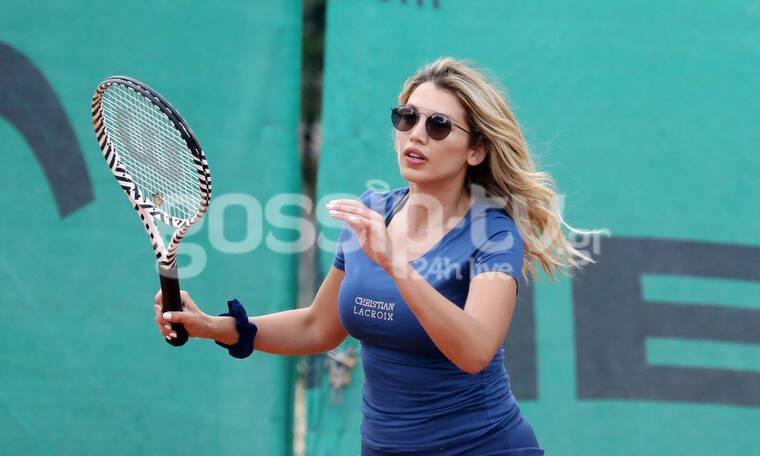 Κωνσταντίνα Σπυροπούλου: Είναι ασταμάτητη! Μετά το ποδήλατο και την ιππασία ήρθε το τένις (photos)