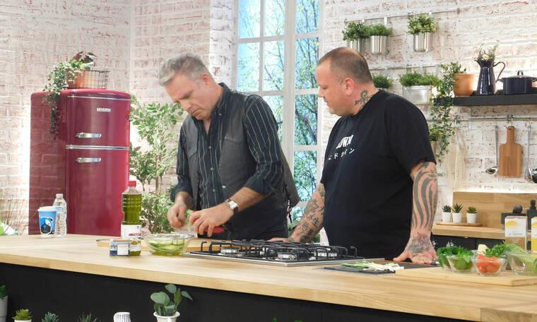 Food n' Friends: Ο Πασχάλης Τσαρούχας μπαίνει στην κουζίνα