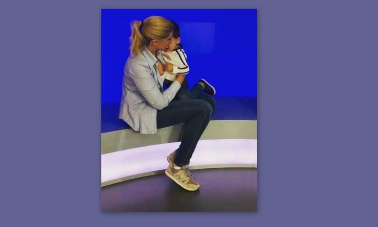 Σία Κοσιώνη: Όλες οι φωτογραφίες από τη βόλτα με τον γιο της στην Ακρόπολη