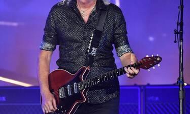 Διάσημος κιθαρίστας υπέστη καρδιακή προσβολή – Ανατριχιάζει η περιγραφή του