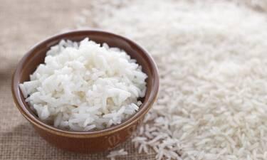 Πλένεις το ρύζι πριν το φας; Μάθε κάτι πρώτα