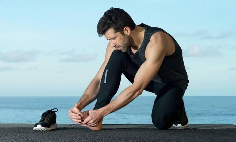 Πώς να αντιμετωπίσεις τον πόνο στα πόδια