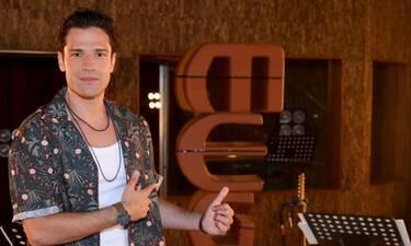 Mega: Στο σπίτι με τον Κωνσταντίνο Αργυρό – Backstage φωτογραφίες από τη βραδιά