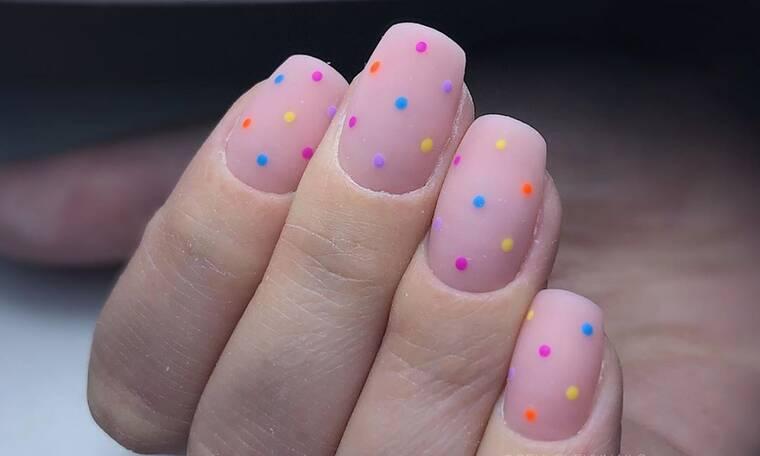 Έτσι θα κάνεις τα πιο ωραία DIY πουά νύχια