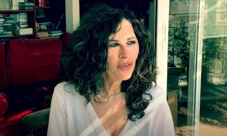 Ελευθερία Αρβανιτάκη: Για πρώτη φορά ανοίγει το υπέροχο σπίτι της στο κέντρο της Αθήνας (pics-video)