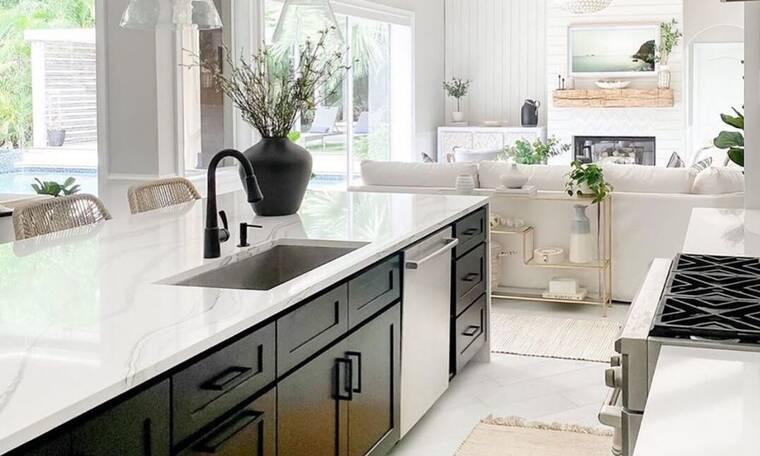 10 κουζίνες που θα σε κάνουν να θέλεις εδώ και τώρα ν΄ανανεώσεις τη δική σου
