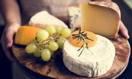 Πέντε γευστικά τυριά με λίγες θερμίδες (εικόνες)