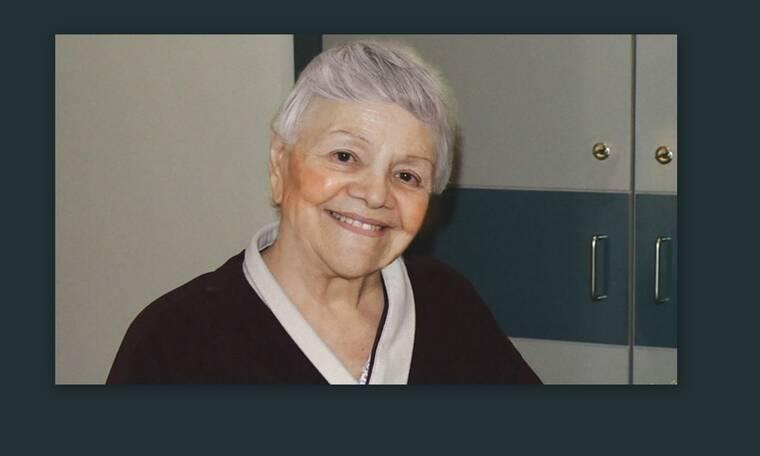Μαίρη Λίντα: Ραγίζουν καρδιές τα λόγια της μέσα από το Γηροκομείο