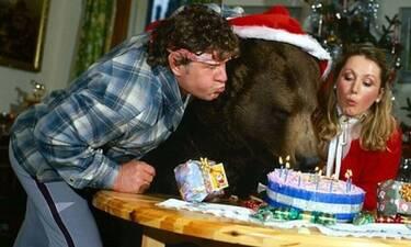 Αυτή η οικογένεια αντί για παιδί μεγάλωσε αρκούδα