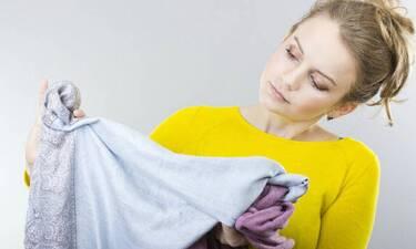 Πώς να αφαιρέσεις λεκέ από χλωρίνη στα ρούχα σου!