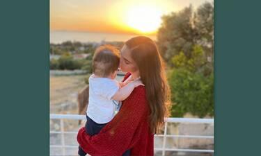 Φωτεινή Αθερίδου: Οι πρώτες βουτιές μετά τη γέννα - Έτσι είναι το κορμί της