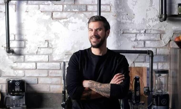Ο Άκης Πετρετζίκης προτείνει σουφλέ με 4 τυριά