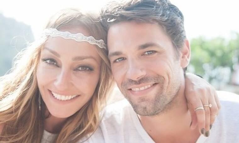Ρέβη-Τότσικας: Έχουν επέτειο και μοιράζονται εικόνες από τον γάμο τους