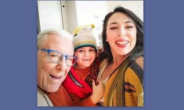 Αλίκη Κατσαβού: Έτσι περνάει το καλοκαίρι με τον γιο της χωρίς τον Βουτσά