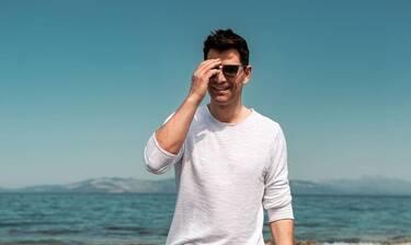 Σάκης Ρουβάς: Ακόμη και η φωτό στο μποστάνι του είναι σαν… πίνακας!