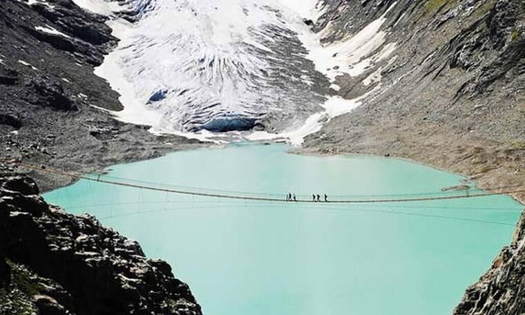 Αυτή είναι η πιο τρομακτική γέφυρα στον κόσμο