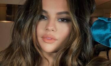 Το boho look της Selena Gomez είναι η λύση για κάθε έξοδο μέσα στη μέρα