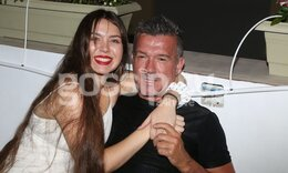 Σπάνια δημόσια εμφάνιση του Δημήτρη Σαραβάκου με την κόρη του! (photos)