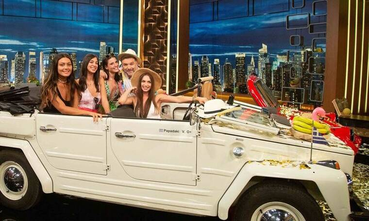 The 2night Show: Τι θα δούμε στην τελευταία εκπομπή του Αρναούτογλου;