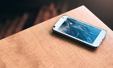 Αυτά είναι τα λάθη που κάνουμε και καταστρέφουμε το κινητό μας