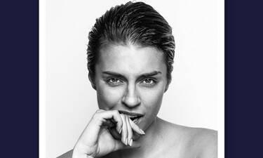 Η Κάτια Ταραμπάνκο topless και με πόζα που «τρελαίνει» κόσμο