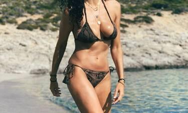 Ελληνίδα ηθοποιός, στα 45 της, ποζάρει με μαγιό και κόβει την ανάσα! (Pics)
