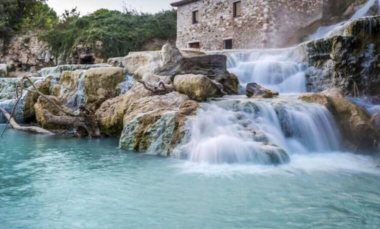 Σε αυτό το μέρος τα νερά είναι τόσο ζεστά όσο σε πισίνα!