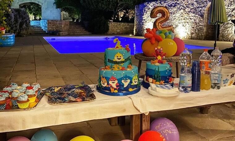 Ελληνίδα μαμά γιορτάζει τα γενέθλια του γιου της και οι φωτό είναι μαγικές