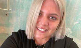 Δανάη Μπάρκα: Αλλάζει πιο συχνά μαλλιά απ΄ότι οι άντρες τα πουκάμισα