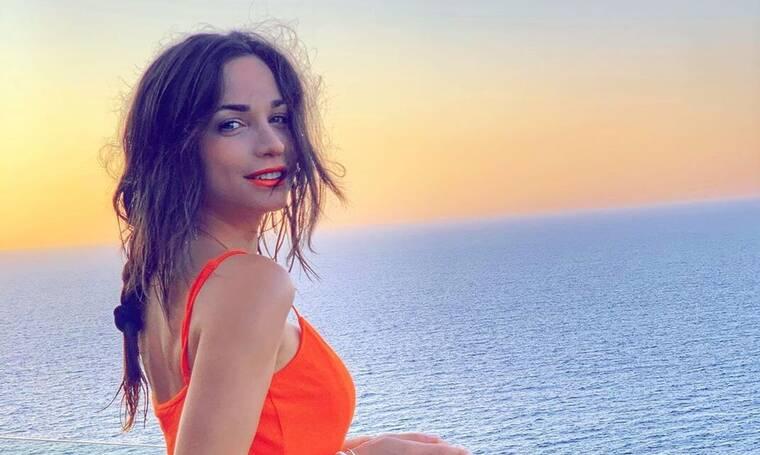 Τσιμιτσέλης: Φωτογραφίζει το κορίτσι του με crop top και η φωτό γίνεται viral