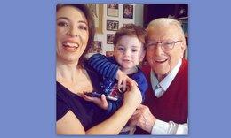 Αλίκη Κατσαβού: Το συγκινητικό βίντεο με τον αξέχαστο Βουτσά και τον γιο τους