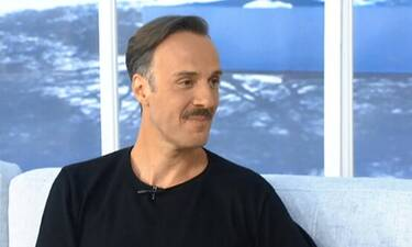 Πλαΐνης:Πήγε καλεσμένος σε εκπομπή και μάθαμε ποια ηθοποιός είναι κουμπάρα του