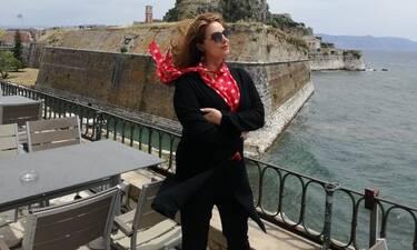 Διαχρονική η ομορφιά της Γκερεκού! Στην Επίδαυρο με total black outfit!