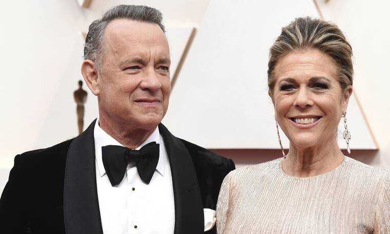 Tom Hanks και Rita Wilson φωτογραφίζονται με το ζεύγος Μητσοτάκη