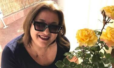Κωνσταντινίδου:Η μαμά της φυτεύει λουλούδια και χαζεύουμε την υπέροχη αυλή!